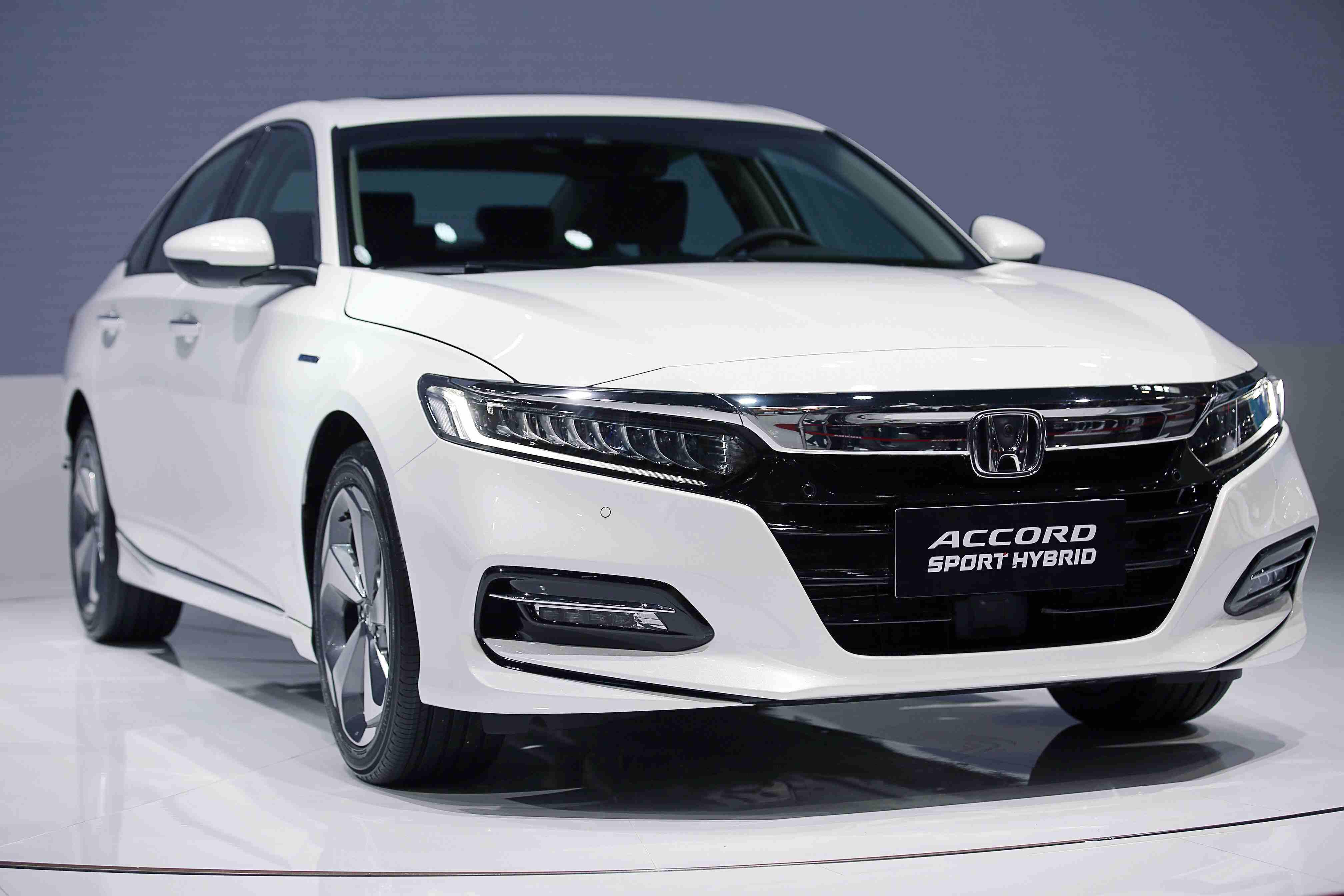 广汽本田上半年累计销量335,433辆 多款车型实现销量里程碑 献礼企业